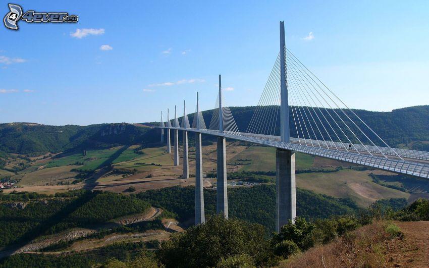 Viaduc de Millau, Frankreich, Brücke, Aussicht auf die Landschaft