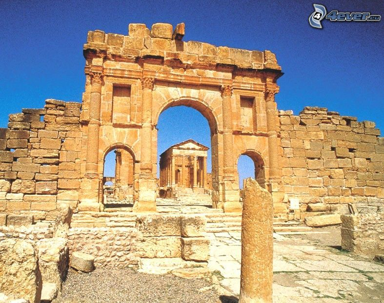 antikes Gebäude, Ruine