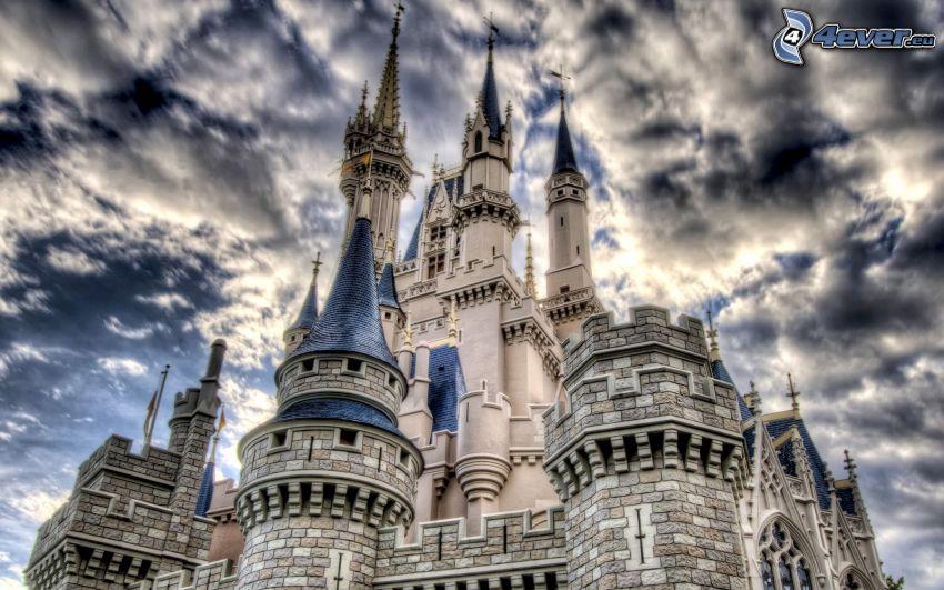Burg, Wolken, HDR