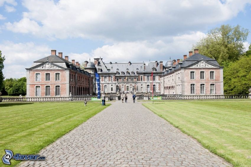 Château de Belœil, Gehweg