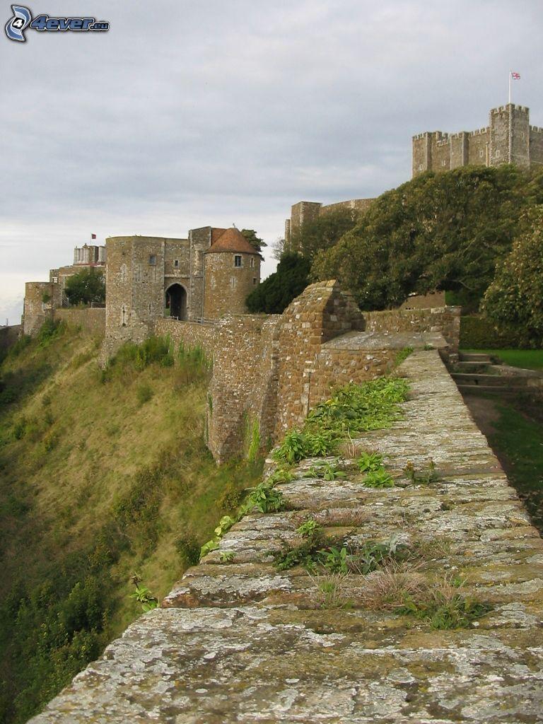 Dover Castle, Mauer