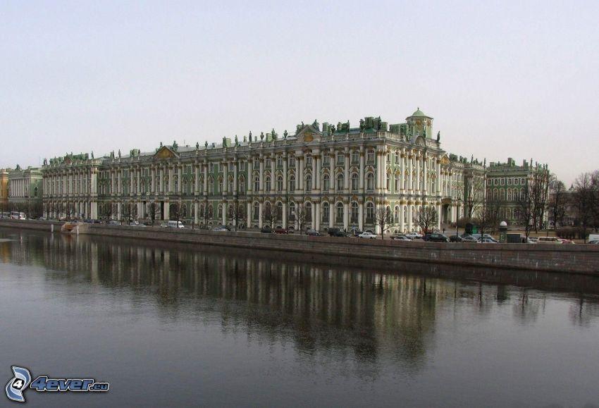 Gebäude, Fluss