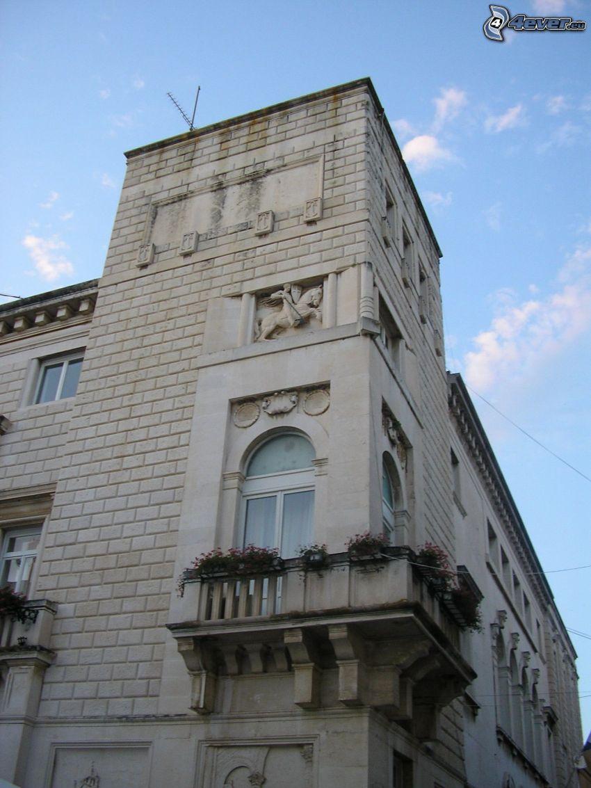 Gebäude