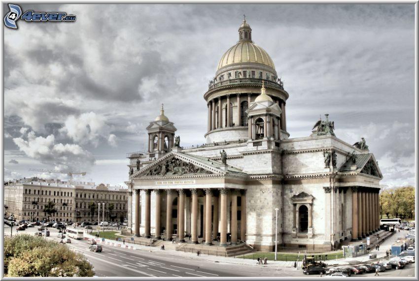 Isaakskathedrale, Sankt Petersburg, wolkenbedeckt