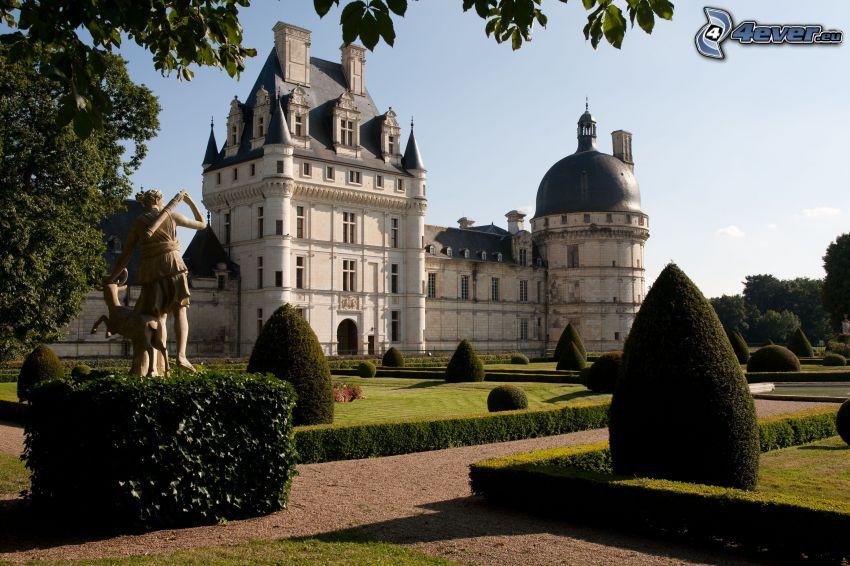 Schloss Valençay, Garten, Gehweg, Büsche