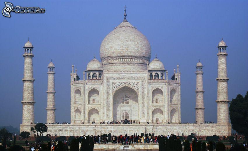 Taj Mahal, Menschen