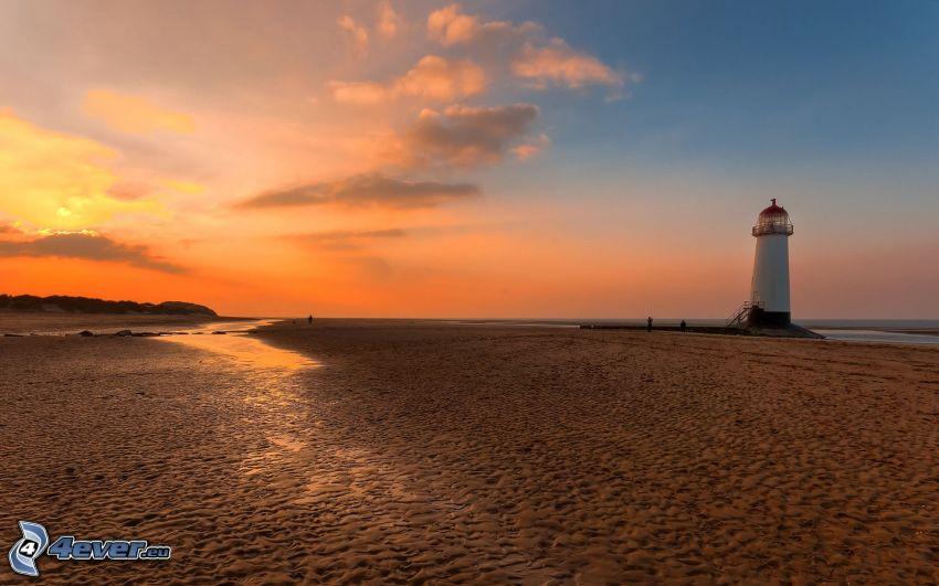 Leuchtturm, Strand, Abendhimmel