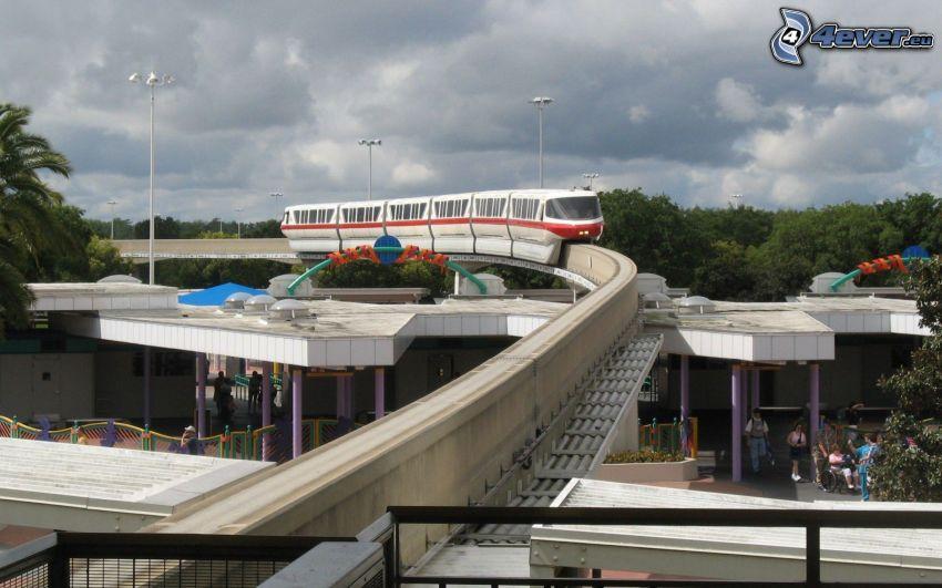 Brücke, U-Bahn