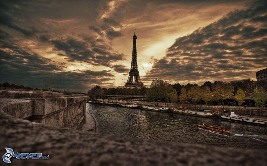 Eiffelturm, Wolken, Seine, HDR