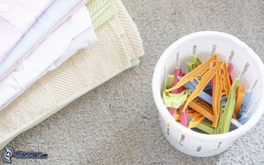 Handtücher, Wäscheklammern