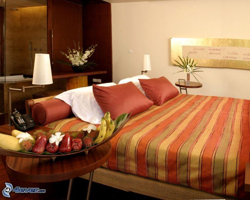 Schlafzimmer, Doppelbett, Lampen