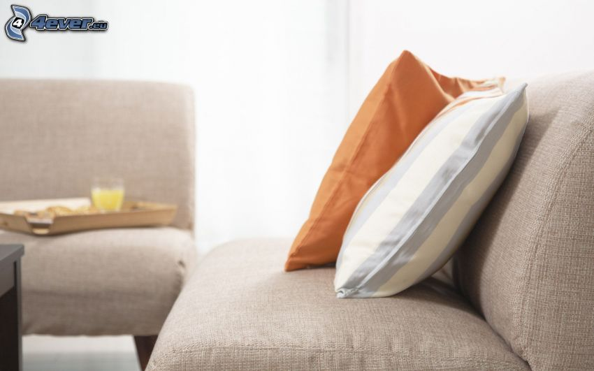 Sofa, Kissen