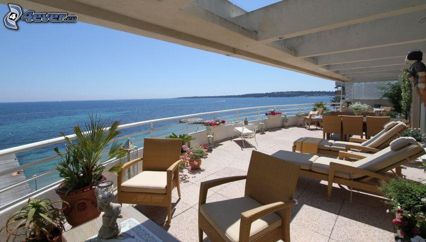 Terrasse, Liegestühle, Blick auf dem Meer, offenes Meer