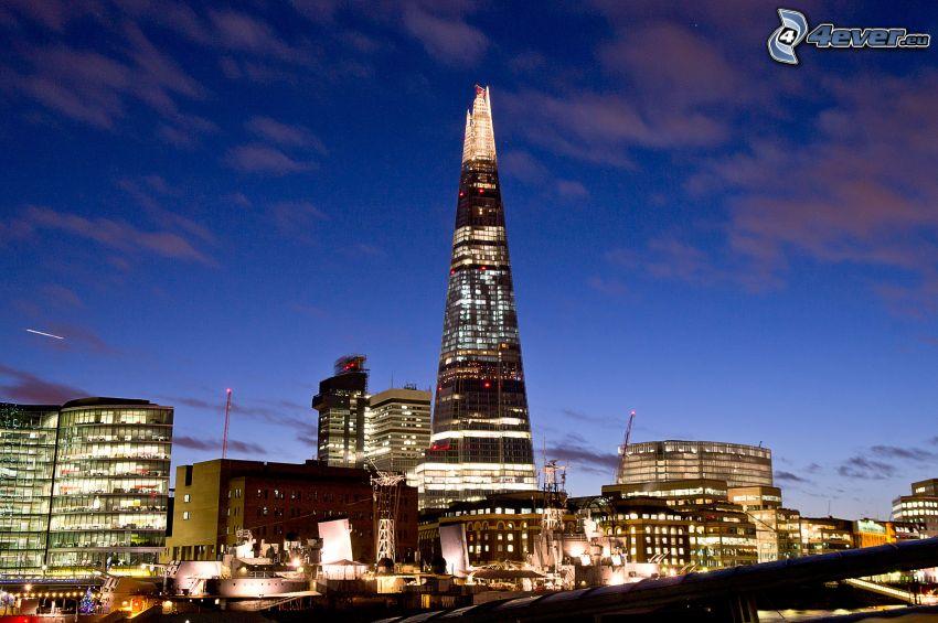 The Shard, London, abendliche Stadt
