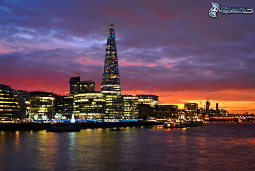 The Shard, London, nach Sonnenuntergang