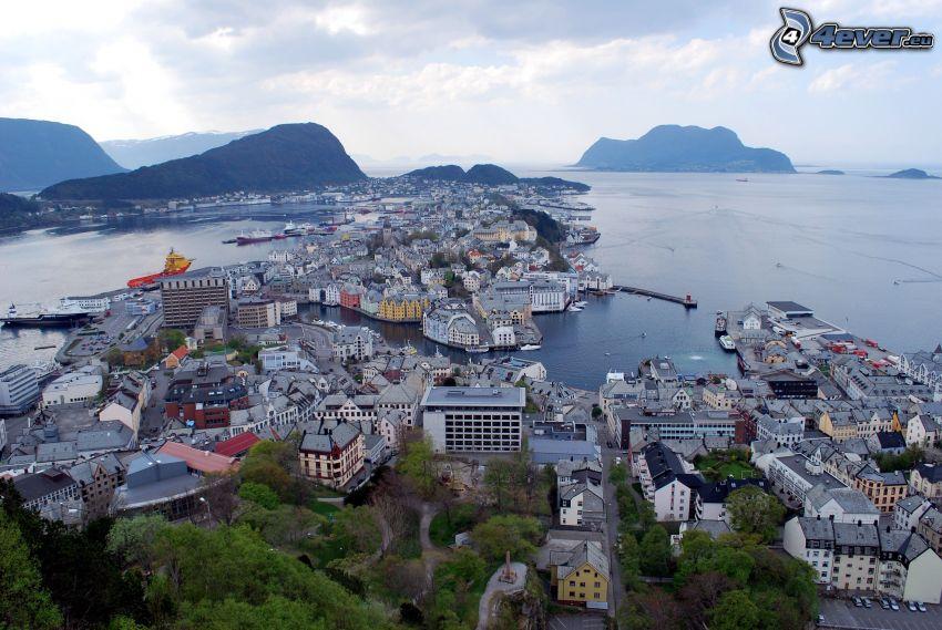 Ålesund, Norwegen, Stadt am Meer