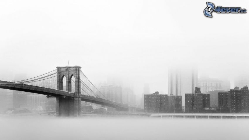 Brooklyn Bridge, Manhattan, New York, Nebel