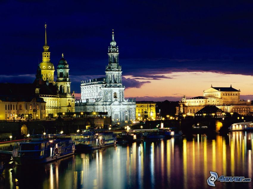 Dresden, Nachtstadt