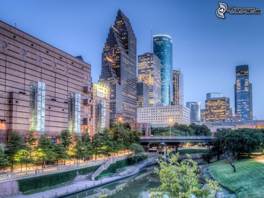 Houston, abendliche Stadt, Wolkenkratzer