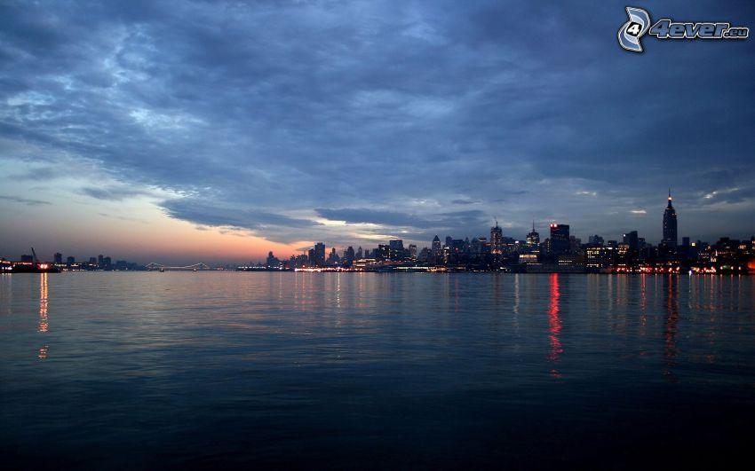 New York, Nachtstadt, Fluss