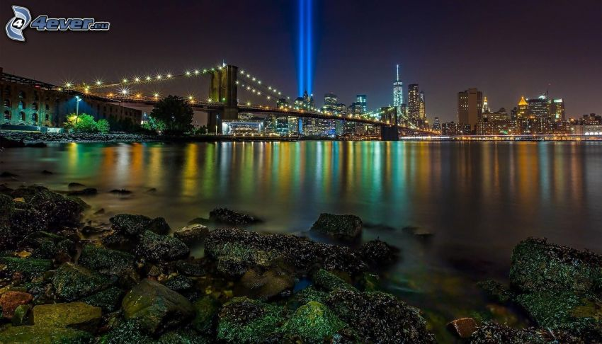 New York in der Nacht, Brooklyn Bridge, Manhattan