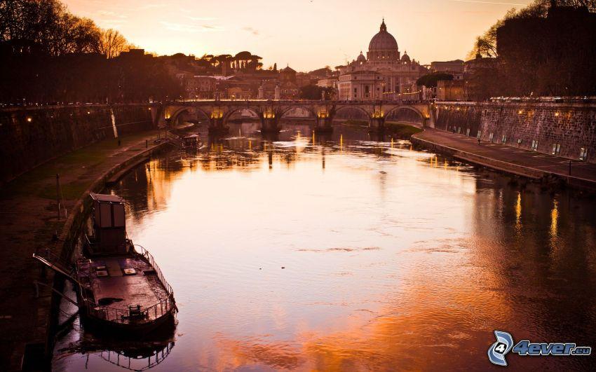 Rom, Fluss