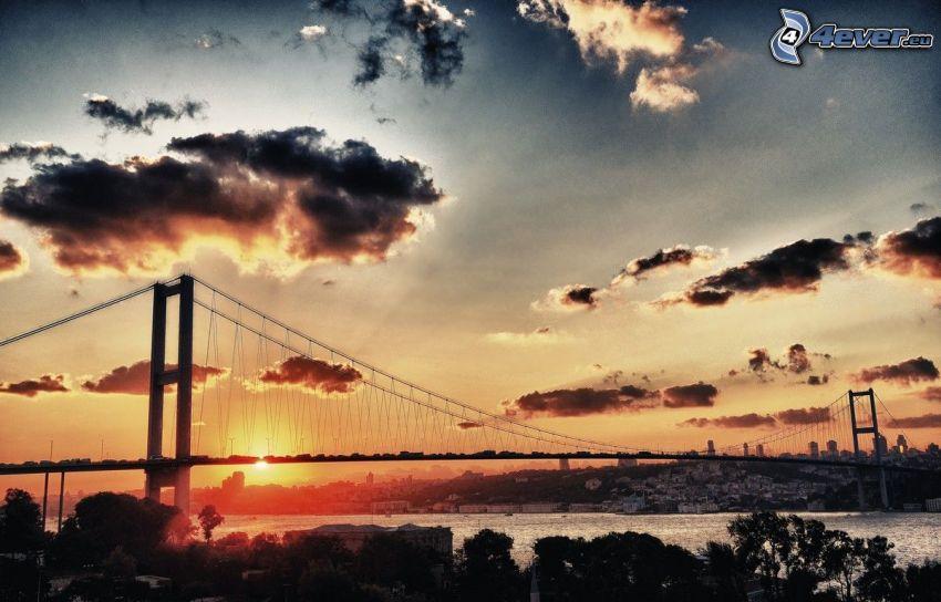 Sonnenuntergang, Wolken, Brücke