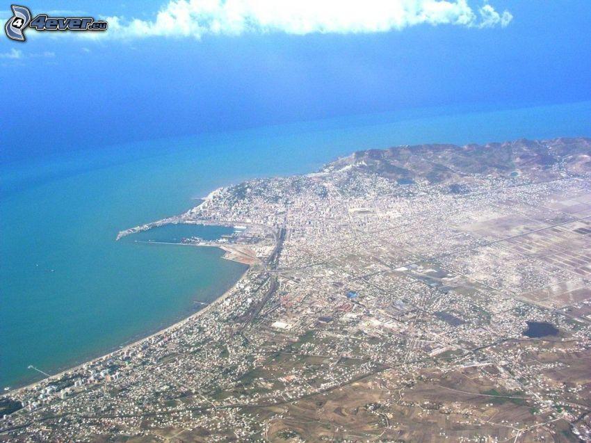Vlora, Stadt am Meer
