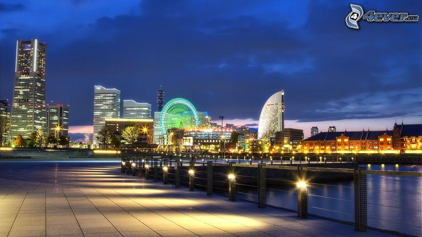Yokohama, Abend