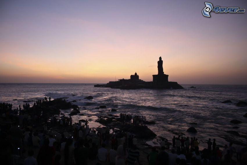 Statue, Meer, Menschen