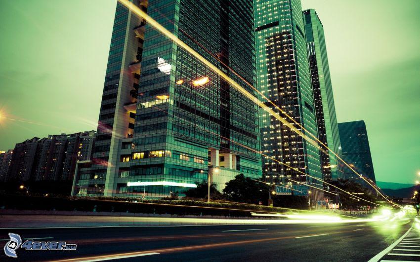 Wolkenkratzer, Straße