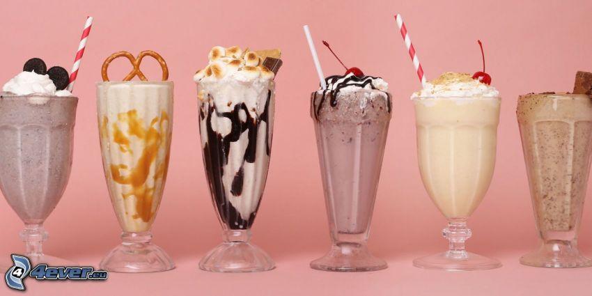 milk shake, Schlagsahne, Strohhalme