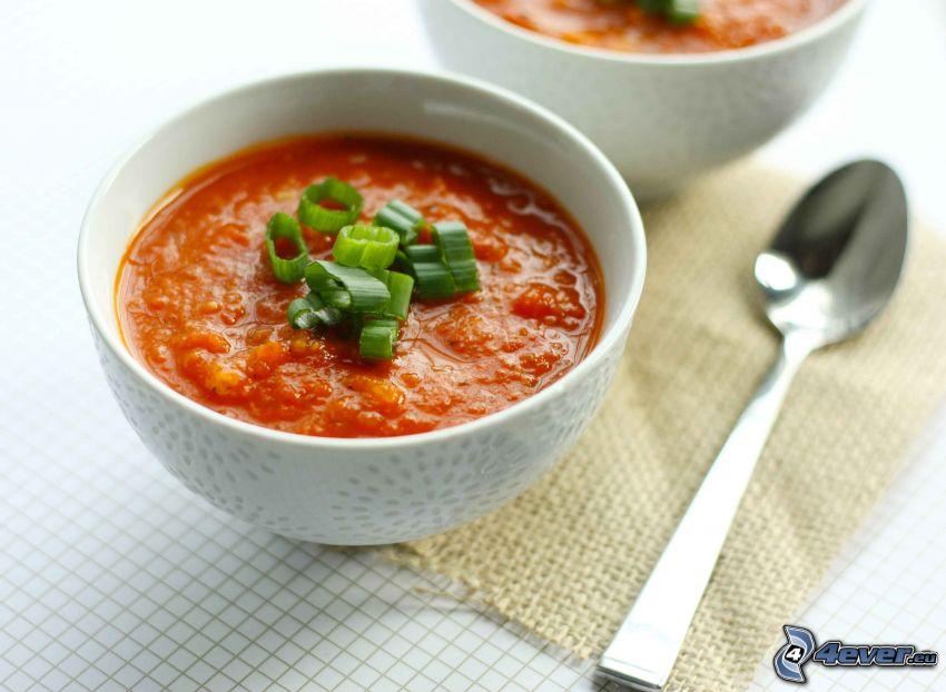 Tomatensuppe, Löffel