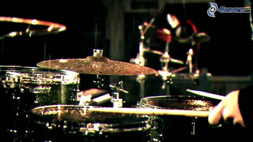 Spiel auf Schlagzeug