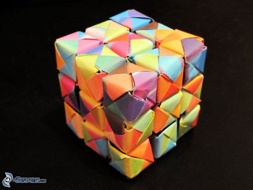 origami, Würfel, farbige Papiere