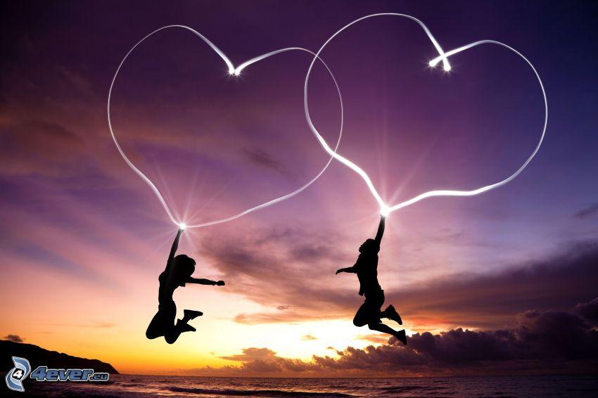 Silhouetten von Menschen, Herzen, lightpainting, Lichter, Sprung, Abendhimmel, Meer