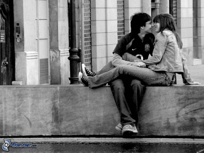 Paar auf der Mauer