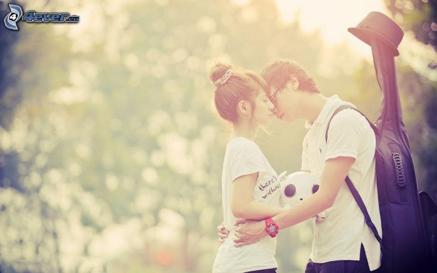 Paar im Park, Junge mit Gitarre