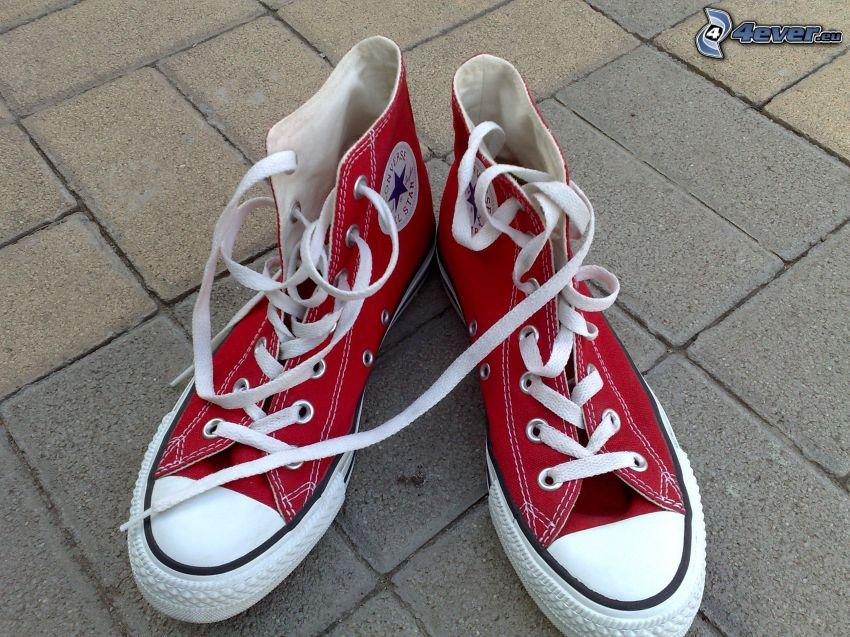 Converse, rote Turnschuhe
