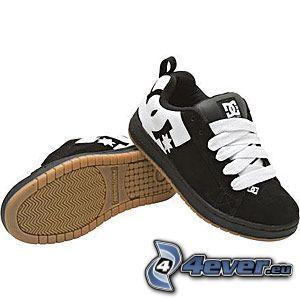 DC Shoes, schwarze Turnschuhe