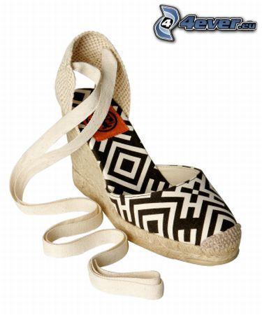 Schuhe, Gesellschaftsschuhe, Ferse