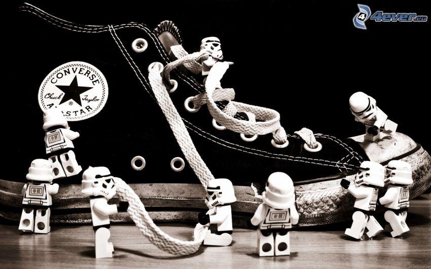 Stormtrooper, Converse, Lego