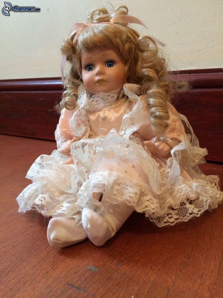 Porzellanpuppe, weißes Kleid