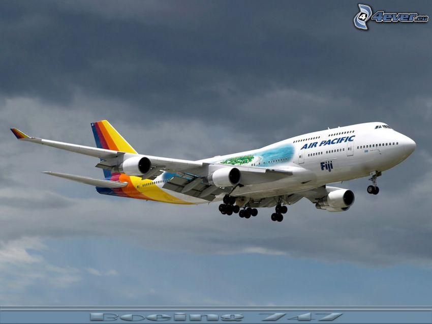 Boeing 747, Air Pacific Fiji, Flugzeug, Landung