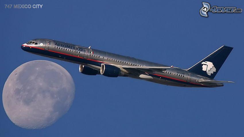 Boeing 757, Mond, Himmel