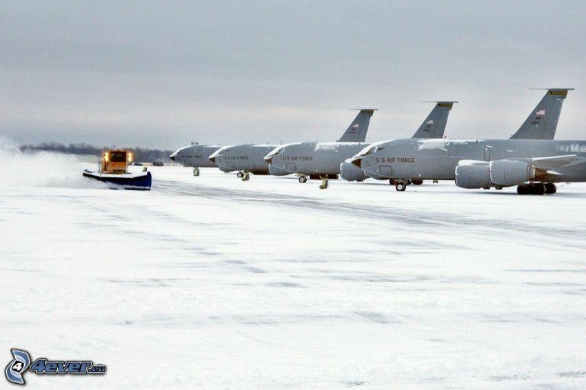 Flughafen, Schnee