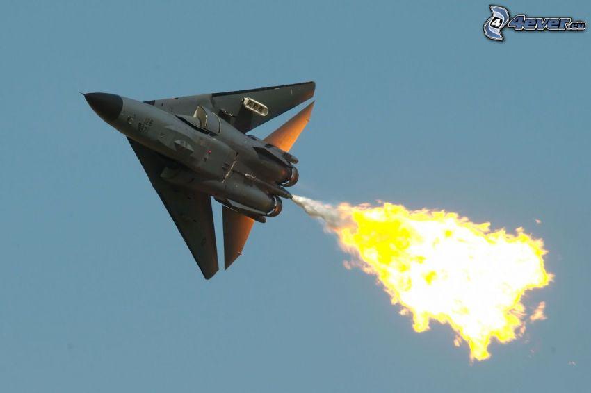F-111 Aardvark, Feuer