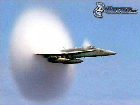 F-16 Fighting Falcon, Schallmauer, mach 1