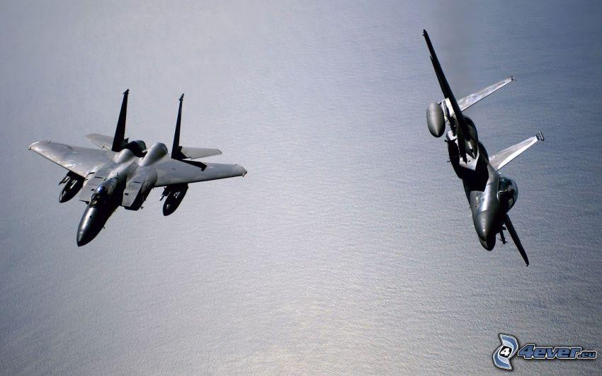 Staffel F-15 Eagle, Meer