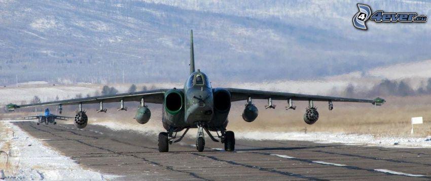 Sukhoi Su-25, Landebahn